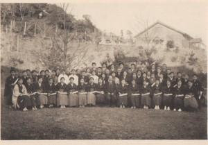 51.1923(大正12年)卒業式記念写真